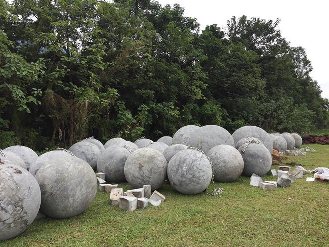 Cận cảnh 40 quả bóng xích sân Mỹ Đình chưa rõ số phận sau khi đội tuyển Việt Nam vô địch - Ảnh 10.