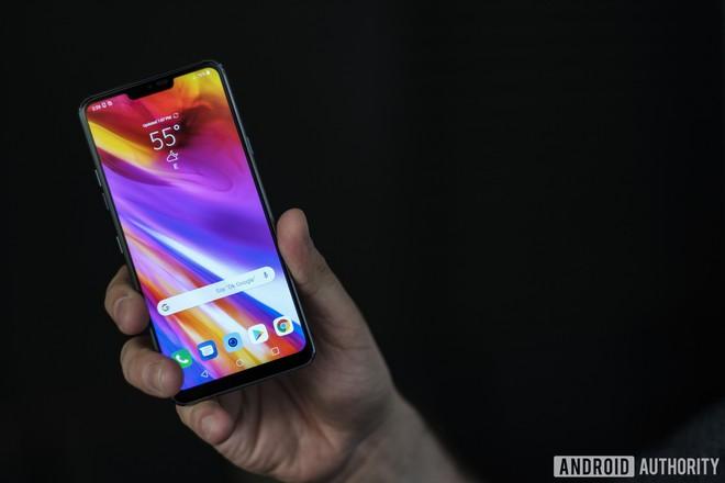 Top 5 smartphone bị nhìn nửa con mắt, đánh giá thấp và đáng tiếc nhất năm 2018 - Ảnh 2.