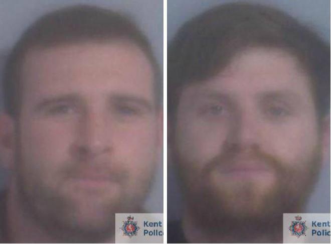 Anh: Hai thanh niên say rượu tưới xăng đốt xe taxi cho vui, mỗi người nhận ngay 6 năm tù vì chơi dại - Ảnh 1.