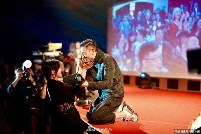 Trùm xã hội đen được cả làng giải trí dự sinh nhật, Lý Liên Kiệt, Thành Long phải cúi đầu - Ảnh 9.