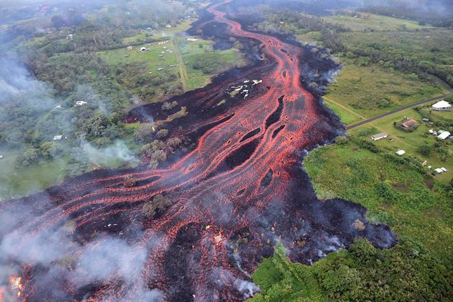 5 vụ núi lửa phun trào kinh khủng nhất năm 2018: đầy tàn nhẫn nhưng cũng đẹp diệu kỳ - Ảnh 1.