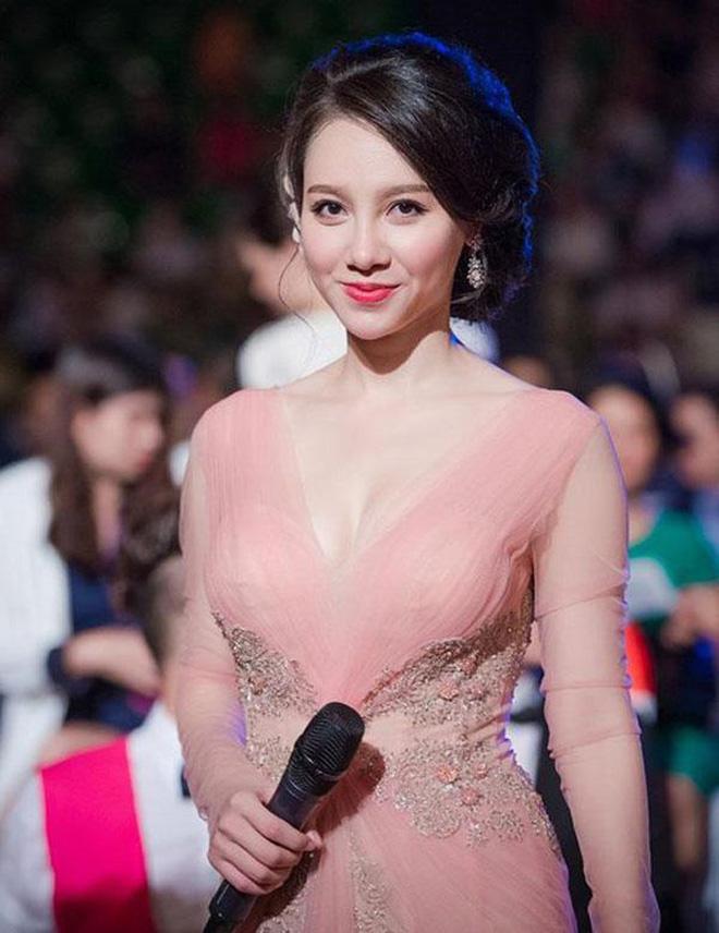 MC Minh Hà khẳng định không dao kéo, tiết lộ bí quyết giữ nhan sắc - Ảnh 1.