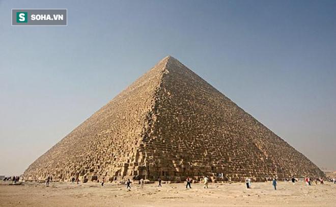 Đại kim tự tháp Giza cũng từng trắng sáng chói lóa, khác hẳn với ngày nay - Ảnh 1.