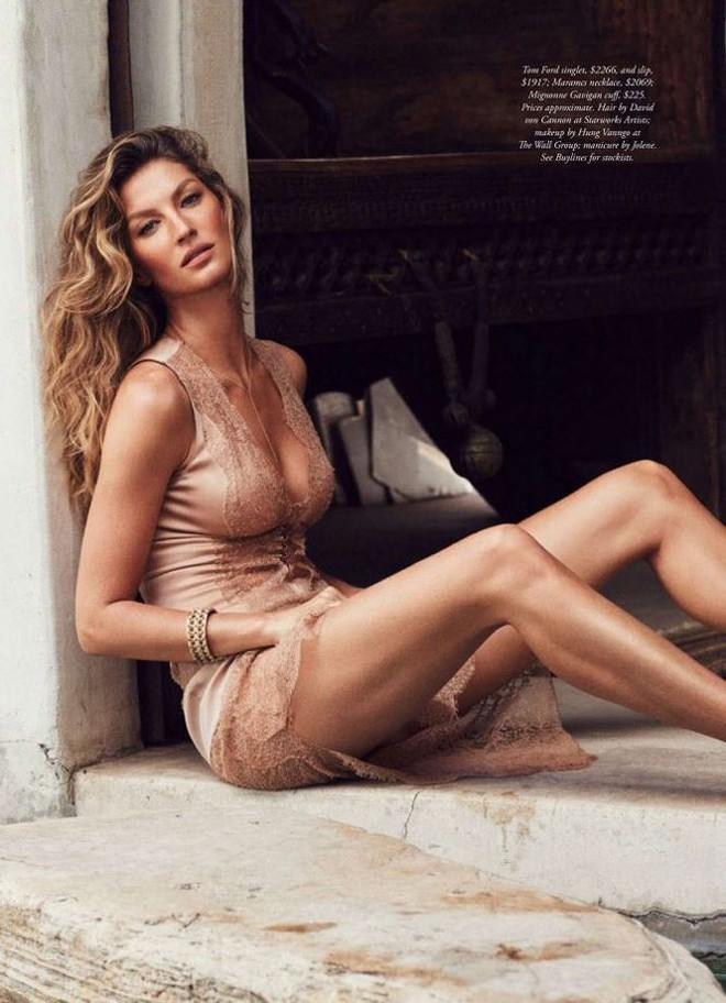 Siêu mẫu đắt giá Gisele Bundchen khoe dáng tuyệt mỹ trên tạp chí - Ảnh 3.