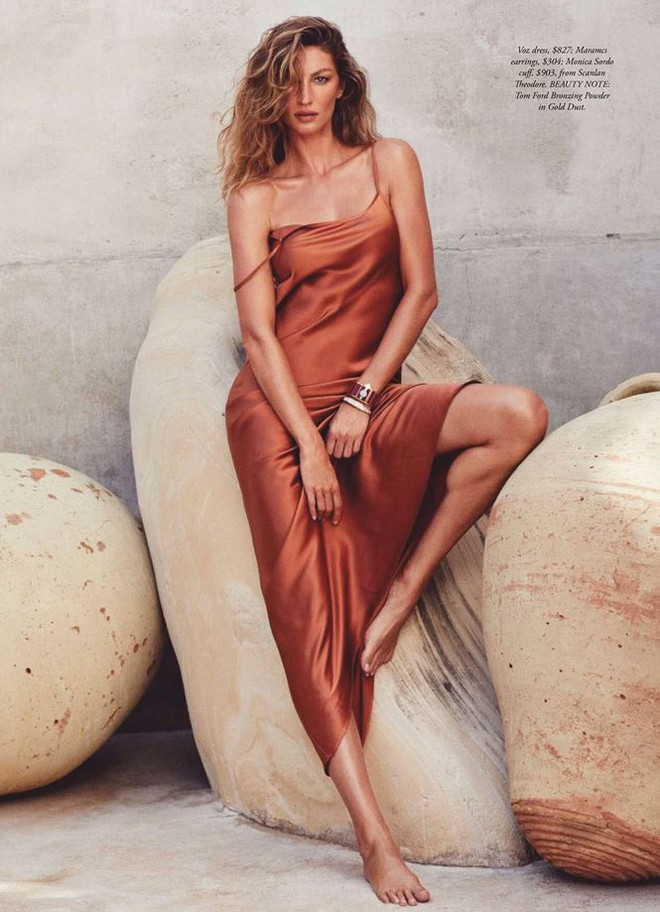 Siêu mẫu đắt giá Gisele Bundchen khoe dáng tuyệt mỹ trên tạp chí - Ảnh 4.