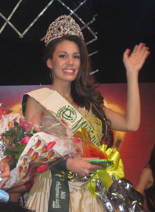 Trại đào tạo hoa hậu tại Philippines: Nơi những cô gái học cách trở thành nữ hoàng - Ảnh 5.