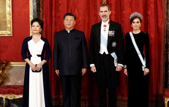 """Nóng cuộc """"đối đầu"""" thời trang của Đệ nhất Phu nhân Mỹ-Trung tại G20 - Ảnh 6."""