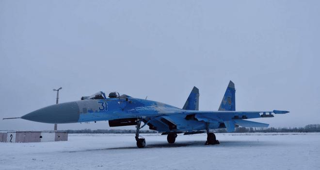 Ukraine dốc toàn lực không quân, MiG-29, Su-27 vào trực chiến: Quyết đối đầu với Nga? - Ảnh 1.