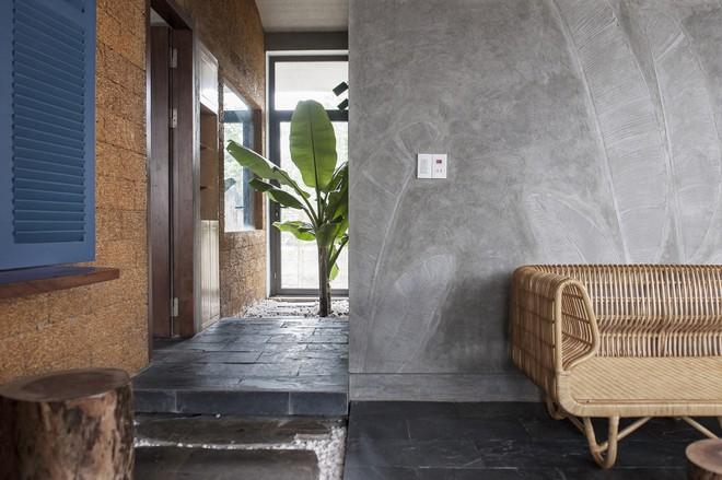 Căn nhà nắng chiếu khắp phòng tại Nam Định đẹp lung linh trên báo ngoại - Ảnh 6.