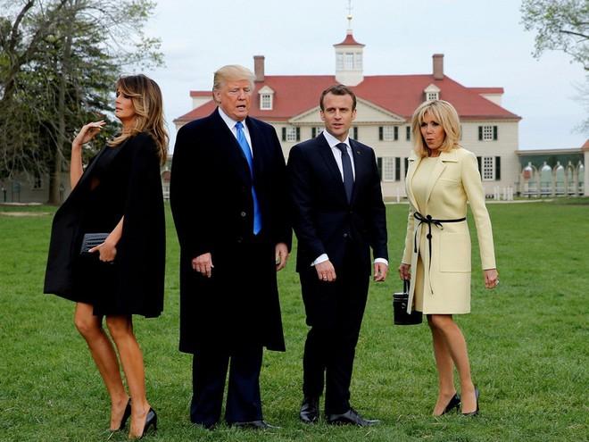 Nhiếp ảnh gia tiết lộ về bí mật đằng sau 17 bức ảnh lạ về Tổng thống Trump - Ảnh 4.