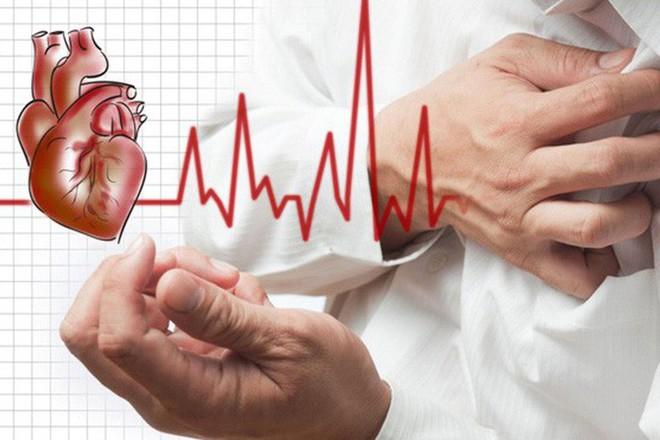 4 dấu hiệu cảnh báo sớm ngay trước khi bị ngã do đột quỵ: Bất kỳ ai cũng nên thuộc lòng - Ảnh 2.
