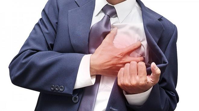 4 dấu hiệu cảnh báo sớm ngay trước khi bị ngã do đột quỵ: Bất kỳ ai cũng nên thuộc lòng - Ảnh 3.