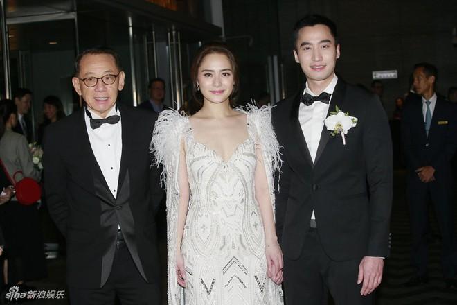 Đám cưới hoành tráng của Chung Hân Đồng: Ông trùm showbiz Hong Kong, con gái tài phiệt Macau cùng dàn sao hạng A tề tựu đông đủ - Ảnh 12.