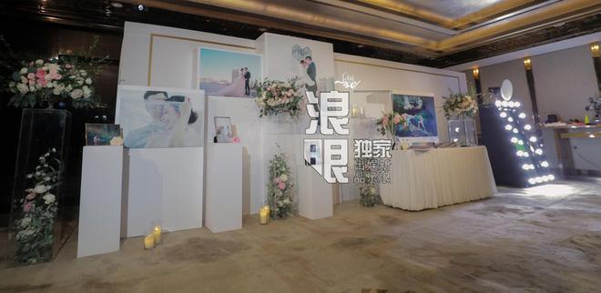 Hé lộ toàn cảnh lễ đường tràn ngập hoa tươi tại khách sạn 5 sao trước giờ G của Chung Hân Đồng - Ảnh 6.