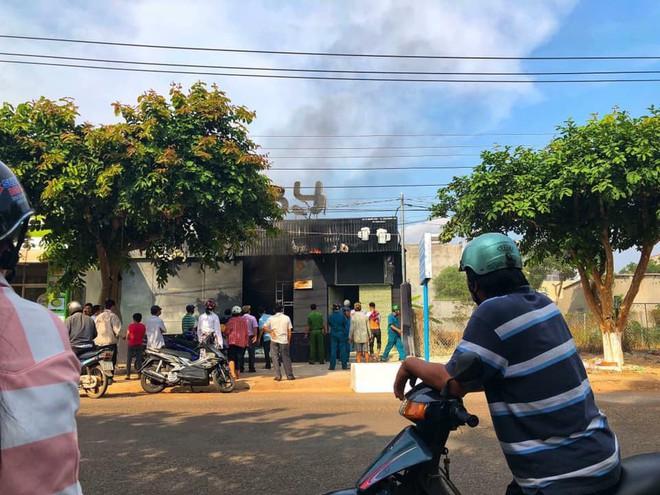 Vụ cháy quán nhậu ở Đồng Nai, 6 người chết: Tạm giữ nhà thầu công trình - Ảnh 1.