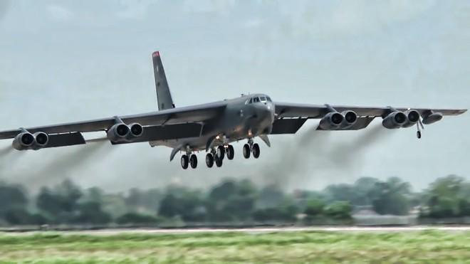 Đại sứ Mỹ gọi Tu-160 là hiện vật bảo tàng, Đại tá Nga đáp trả: Mong ông sống đủ lâu! - Ảnh 2.