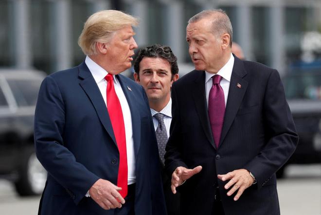 Hé lộ tình tiết gay cấn buộc TT Trump quyết rút quân Mỹ khỏi Syria bất chấp can ngăn - Ảnh 1.