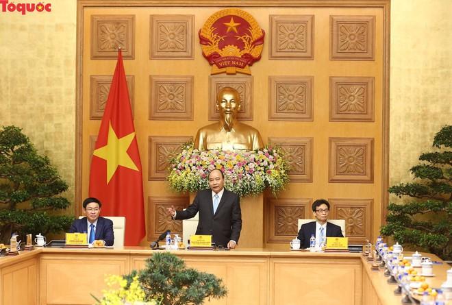 Thủ tướng Nguyễn Xuân Phúc gặp mặt Đội tuyển bóng đá Việt Nam - Ảnh 7.