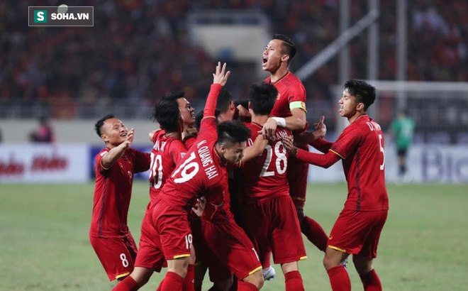 Trọng trách nặng nề với ĐT Việt Nam sau chức vô địch AFF Cup 2018