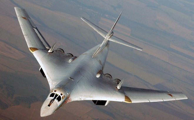 Đại sứ Mỹ gọi Tu-160 là hiện vật bảo tàng, Đại tá Nga đáp trả: Mong ông sống đủ lâu!