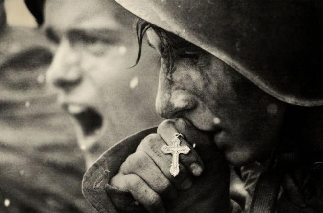Những bức ảnh xúc động có giá trị hơn ngàn lời nói - Ảnh 16.