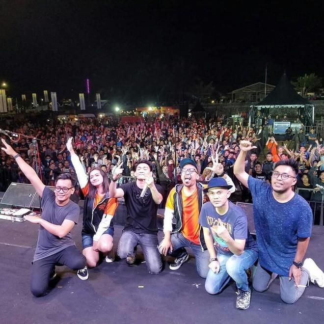 Thông tin mới nhất về ban nhạc Indonesia bị sóng thần nuốt chửng khi đang biểu diễn - Ảnh 7.