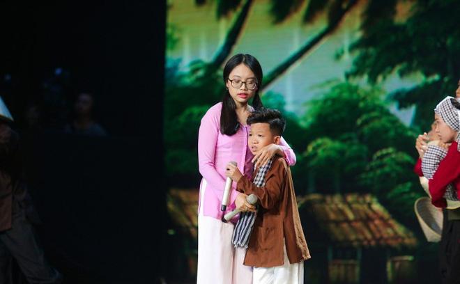 Phương Mỹ Chi gây thất vọng khi hát lại ca khúc giúp cô nổi tiếng, thay đổi cuộc sống cả gia đình - Ảnh 5.