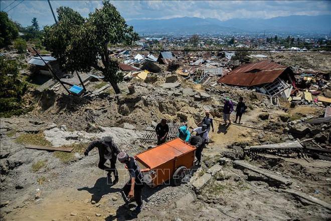 Những trận sóng thần tàn phá thảm khốc nhất trong lịch sử - Ảnh 2.