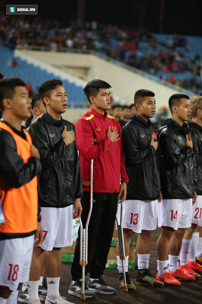 Sao Việt Nam nghẹn ngào khóc khi hát Quốc ca vì chấn thương, lỡ Asian Cup - Ảnh 3.