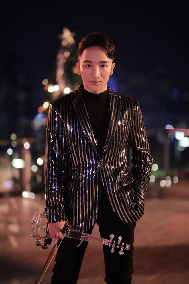 Hoàng Rob mash-up 2 ca khúc đình đám  - Ảnh 4.