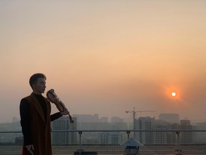 Hoàng Rob mash-up 2 ca khúc đình đám  - Ảnh 3.