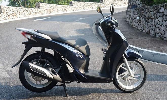 """Đại lý """"thổi"""" giá xe máy, Honda Việt Nam không liên quan? - Ảnh 1."""