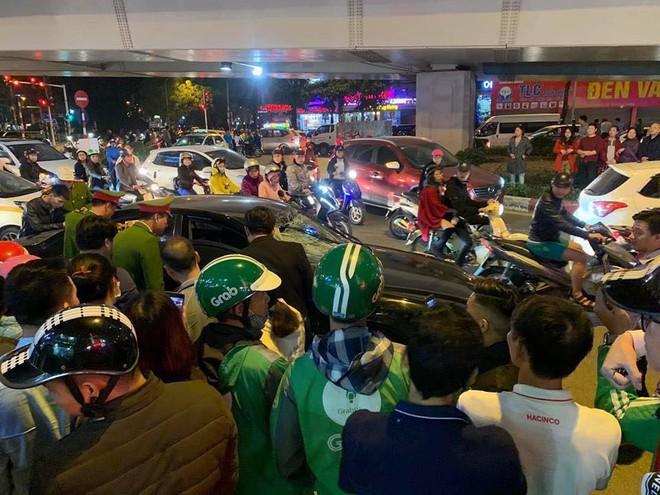 Danh tính hai bà bầu bị đâm nhập viện trong vụ xe Hyundai gây tai nạn liên hoàn ở Hà Nội - Ảnh 1.