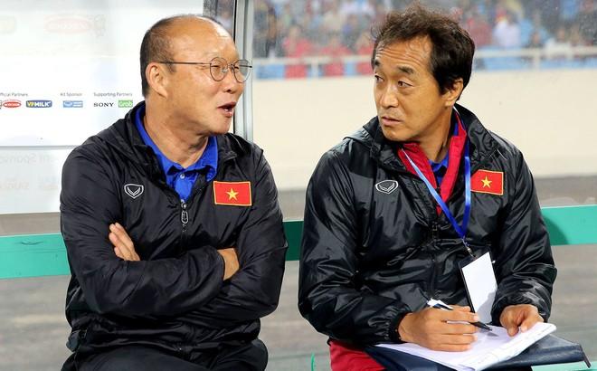 """""""Quân sư"""" của HLV Park Hang-seo chỉ ra mục tiêu thực tế cho ĐT Việt Nam tại Asian Cup"""