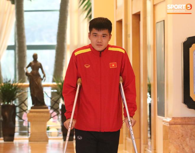 Sau Đình Trọng, Lục Xuân Hưng được xem xét đưa sang Hàn Quốc điều trị - Ảnh 1.