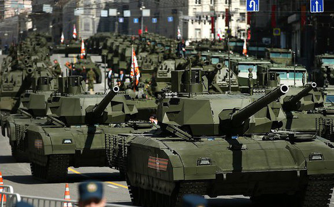 """""""Toàn thế giới, dù Trung Quốc hay Mỹ và đồng minh, đều phải đánh giá cao vũ khí Nga"""""""