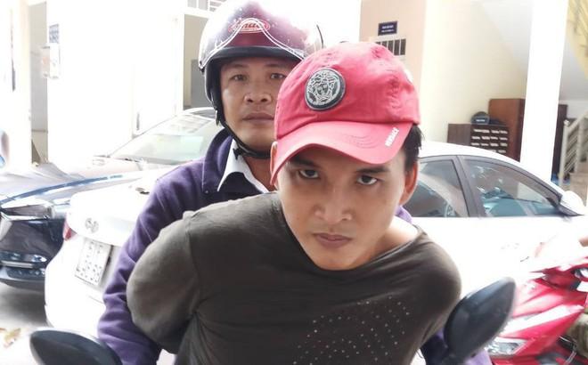"""""""Hiệp sĩ"""" Sài Gòn truy đuổi 2 thanh niên đi xe tay ga trộm chim"""