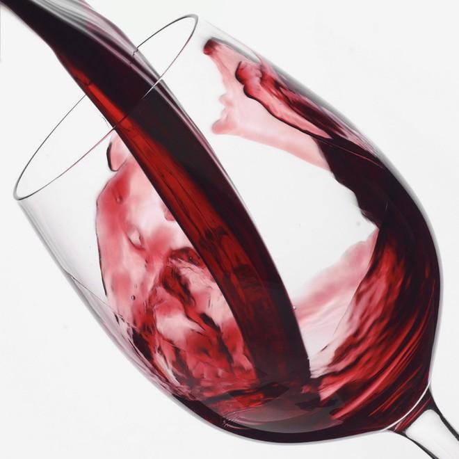 Nghiên cứu mới về rượu vang và não bộ - Ảnh 1.
