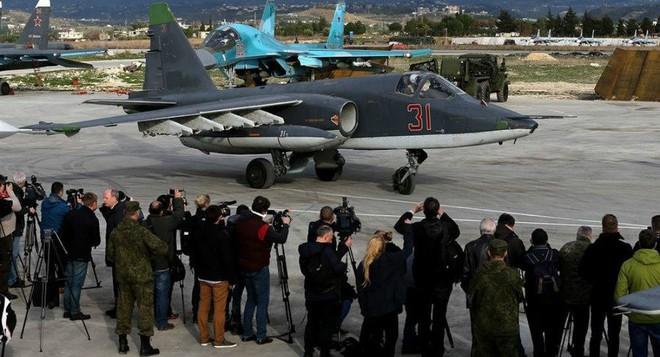 Israel tấn công: Âm mưu khủng khiếp hơn cả thảm họa IL-20 - PK Syria tỉnh đòn, tránh bàn thua trông thấy? - Ảnh 2.