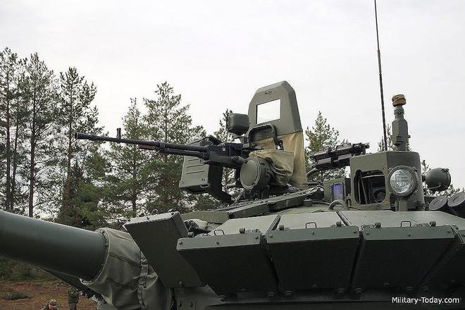 [ẢNH] Chiến tăng bay T-80BVM Nga trang bị đạn Uranium nguy hiểm cỡ nào? - Ảnh 16.