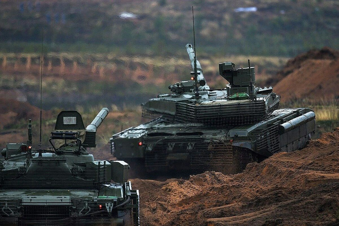 [ẢNH] Chiến tăng bay T-80BVM Nga trang bị đạn Uranium nguy hiểm cỡ nào? - Ảnh 24.