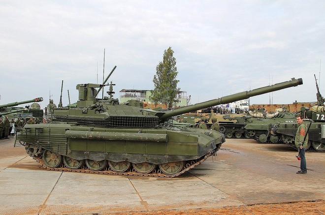 [ẢNH] Chiến tăng bay T-80BVM Nga trang bị đạn Uranium nguy hiểm cỡ nào? - Ảnh 28.