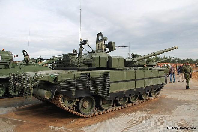 [ẢNH] Chiến tăng bay T-80BVM Nga trang bị đạn Uranium nguy hiểm cỡ nào? - Ảnh 8.