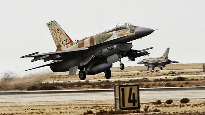 Phát tên lửa khiến toàn bộ PK-KQ Israel tá hỏa: Mở màn cho S-300 Syria ra trận - Ảnh 1.