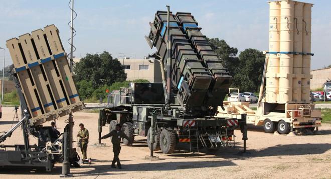 Phát tên lửa khiến toàn bộ PK-KQ Israel tá hỏa: Mở màn cho S-300 Syria ra trận - Ảnh 2.