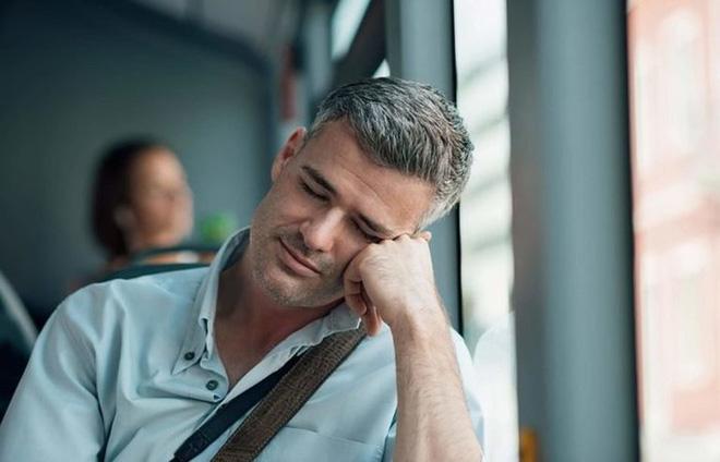 9 dấu hiệu của bệnh tiểu đường mà nam giới phải đặc biệt lưu ý - Ảnh 4.