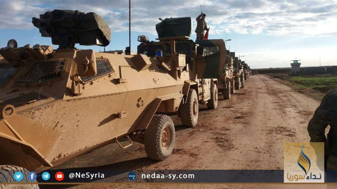Xe tăng, đạn pháo Thổ Nhĩ Kỳ rầm rập áp sát Syria: Chờ giờ nổ súng - Ảnh 3.