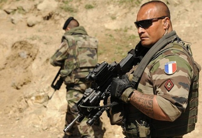 Pháp - Tay chơi gà mờ đi nước cờ lạ nhưng liều lĩnh ở Syria? - Ảnh 3.