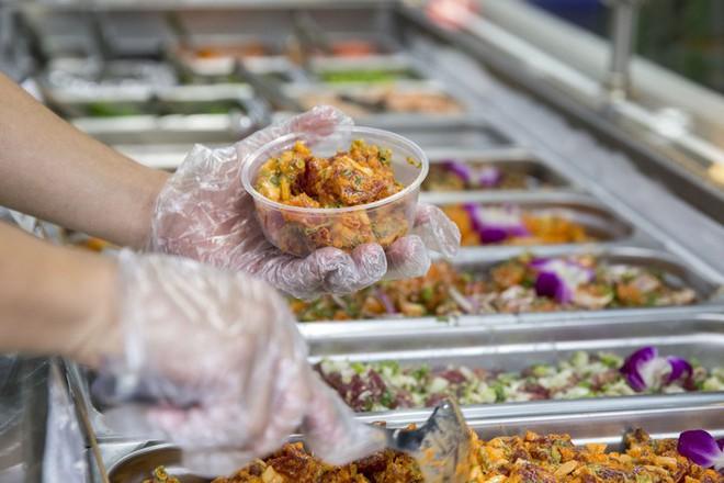 Poke: Kết quả mối tình hơi ngang trái của ẩm thực Mỹ và Nhật, lai lai giữa salad và sushi - Ảnh 5.