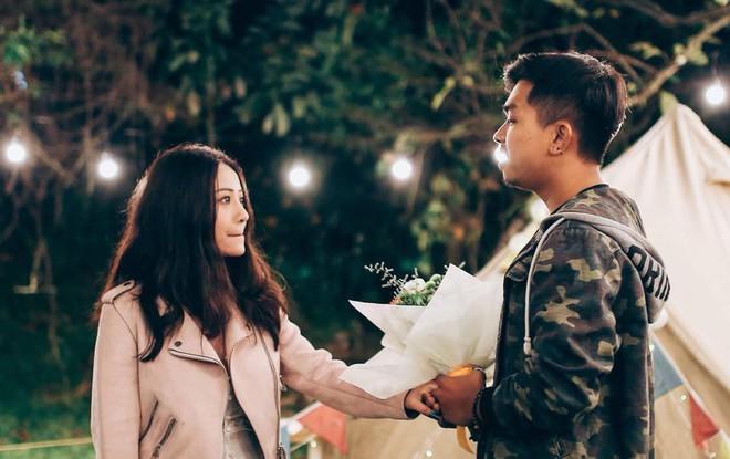 Sau lễ ăn hỏi bí mật, MiA hé lộ loạt ảnh được ông xã tương lai cầu hôn đầy lãng mạn và độc đáo - Ảnh 1.